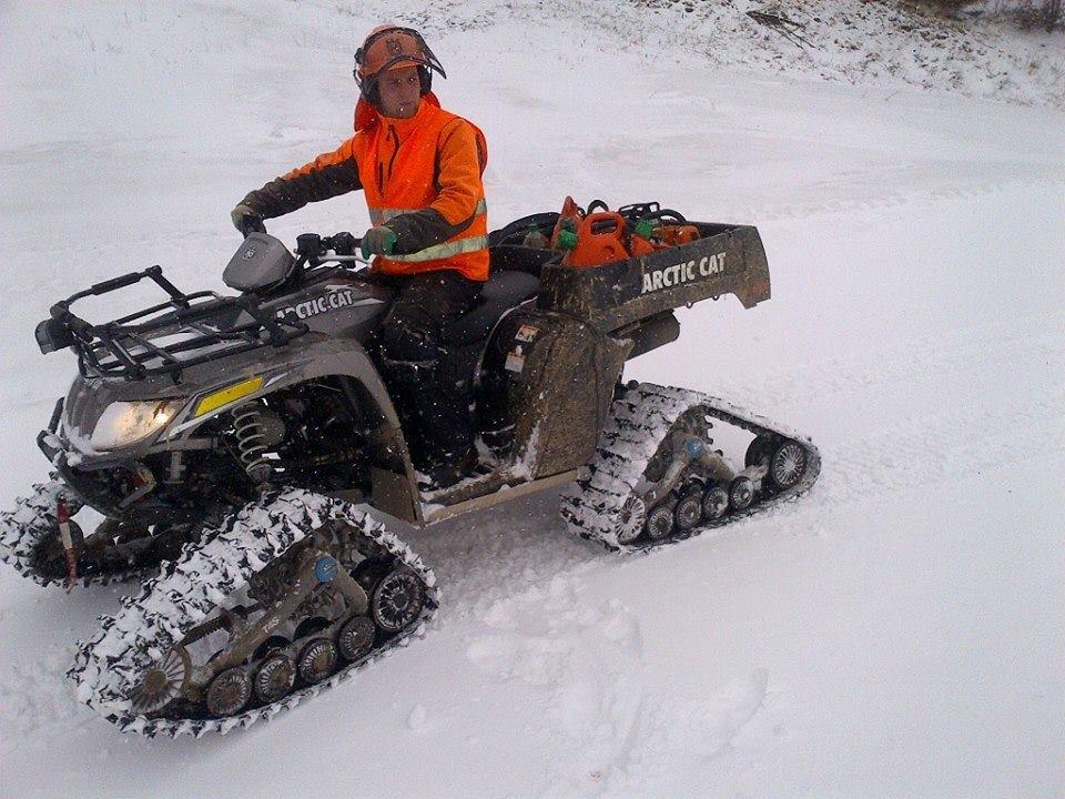 Quads auf Schnee